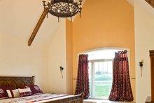 Craftsman Interior - Master Bedroom Plan #928-244