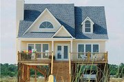 Beach Style House Plan - 4 Beds 2 Baths 1650 Sq/Ft Plan #37-143 Exterior - Front Elevation