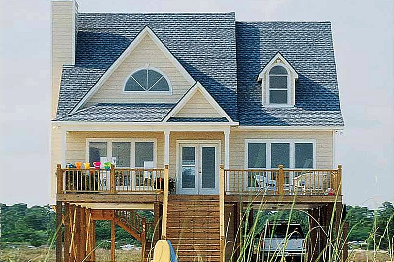 Beach Style House Plan - 4 Beds 2 Baths 1650 Sq/Ft Plan #37-143