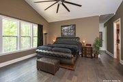 Prairie Style House Plan - 3 Beds 2.5 Baths 2115 Sq/Ft Plan #929-1001 Interior - Master Bedroom