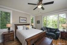 Cottage Interior - Master Bedroom Plan #929-960