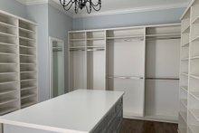 Home Plan - Master Closet