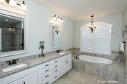 Craftsman Style House Plan - 4 Beds 3 Baths 2491 Sq/Ft Plan #929-949 Interior - Master Bathroom