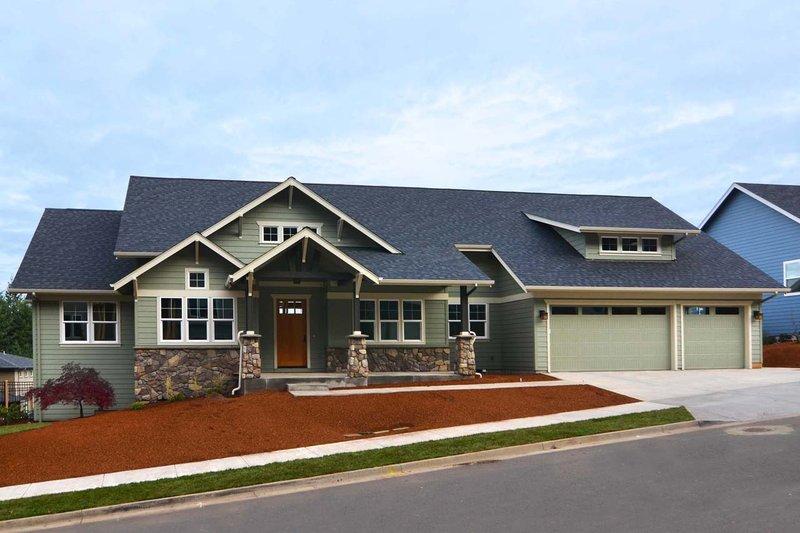 Dream House Plan - Craftsman Photo Plan #124-1024