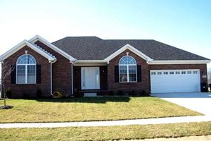 Traditional Exterior - Front Elevation Plan #412-119