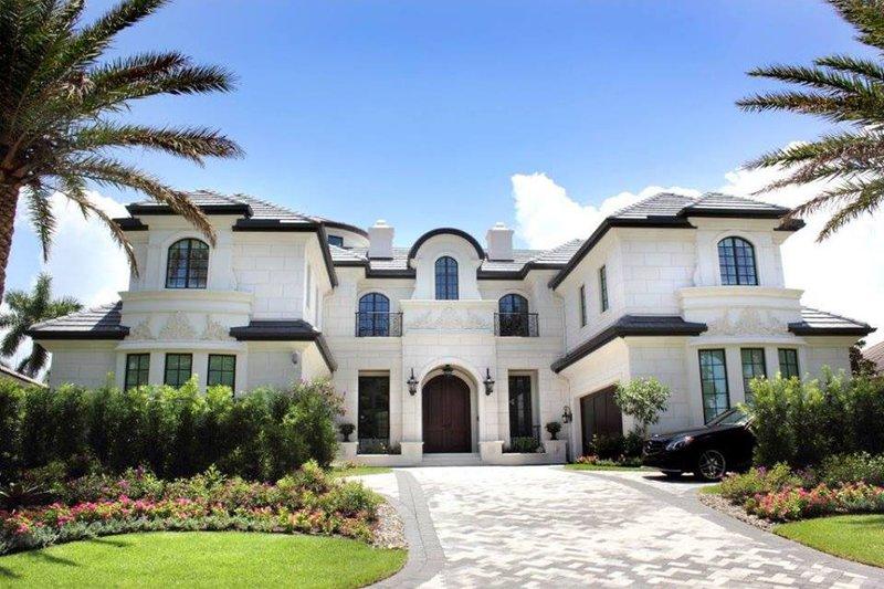 Mediterranean Style House Plan - 4 Beds 6.5 Baths 8129 Sq/Ft Plan #548-19