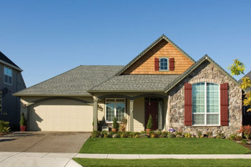 Dream House Plan - Farmhouse Exterior - Front Elevation Plan #48-277