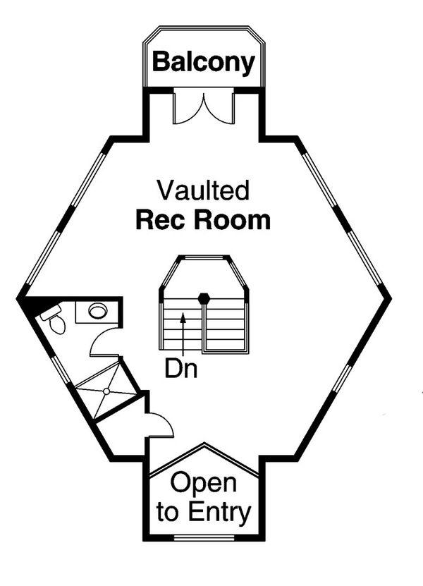 Mediterranean Floor Plan - Upper Floor Plan Plan #124-572