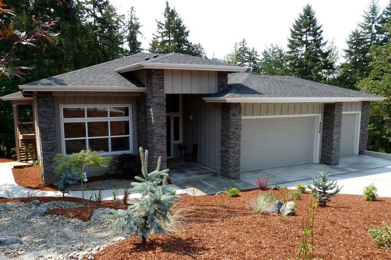 Dream House Plan - Prairie Exterior - Front Elevation Plan #124-924
