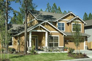 Front View - 2100 square foot Craftsman home
