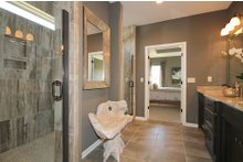 Home Plan - Mediterranean Interior - Master Bathroom Plan #20-2174