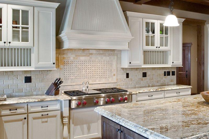 Craftsman Home Plan