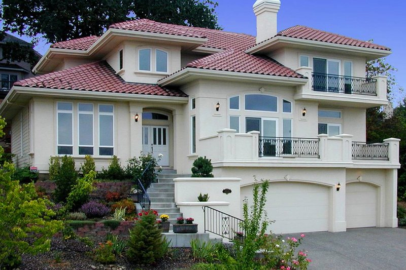 Mediterranean style home, front elevation