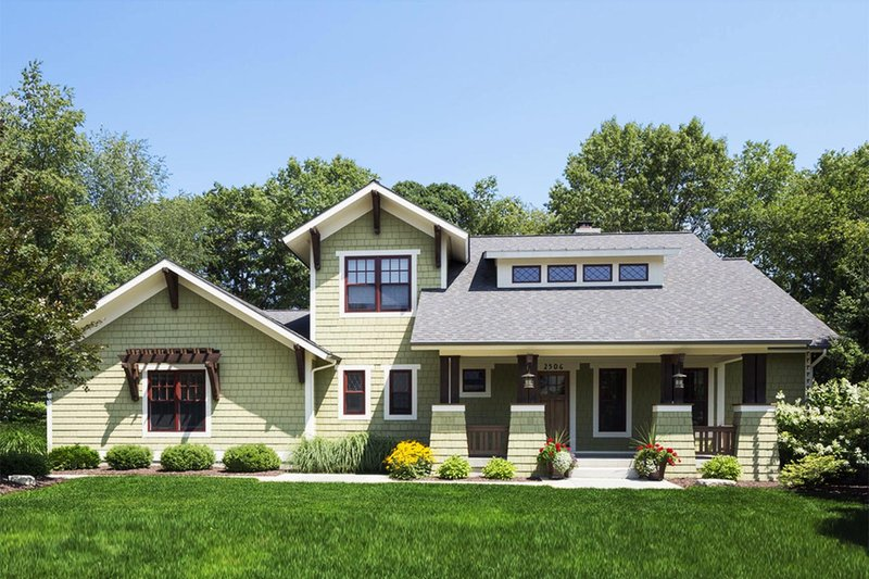 Dream House Plan - Craftsman Exterior - Front Elevation Plan #901-67