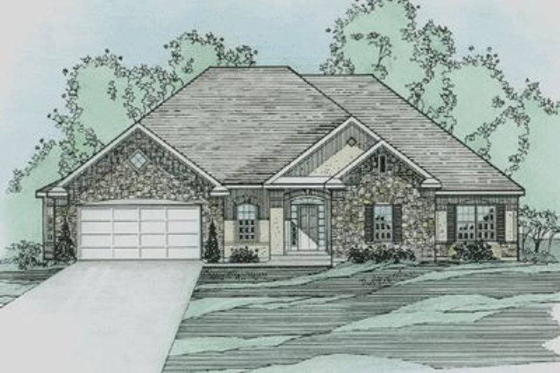 Traditional Style House Plan - 3 Beds 2 Baths 2260 Sq/Ft Plan #31-138 Exterior - Front Elevation