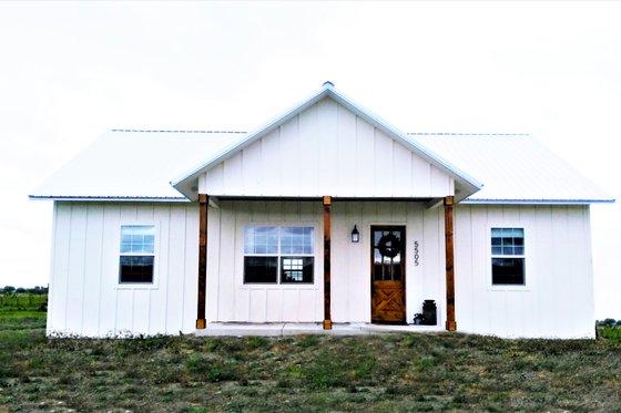 Farmhouse Photo Plan #44-224