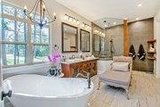 Craftsman Style House Plan - 5 Beds 5.5 Baths 4501 Sq/Ft Plan #17-2444 Interior - Master Bathroom