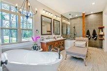 Craftsman Interior - Master Bathroom Plan #17-2444