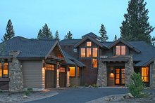 Dream House Plan - Craftsman Exterior - Front Elevation Plan #892-7
