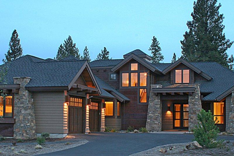 House Design - Craftsman Exterior - Front Elevation Plan #892-7