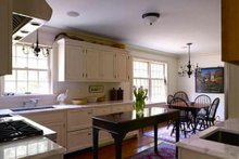 Colonial Interior - Kitchen Plan #137-207