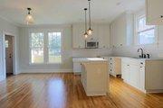 Craftsman Style House Plan - 3 Beds 2.5 Baths 1584 Sq/Ft Plan #461-6 Interior - Kitchen