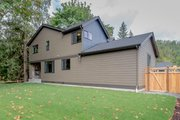 Contemporary Style House Plan - 4 Beds 3.5 Baths 3048 Sq/Ft Plan #569-36 Exterior - Rear Elevation