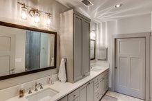 Craftsman Interior - Master Bathroom Plan #935-12