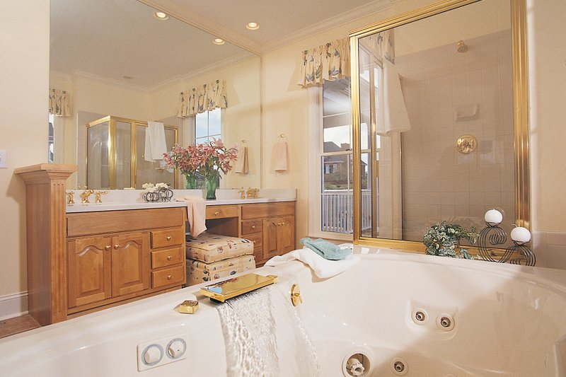 Farmhouse Interior - Master Bathroom Plan #929-16 - Houseplans.com