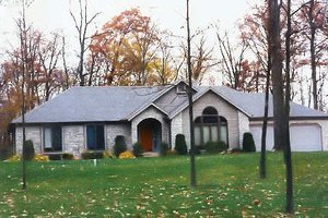 Traditional Exterior - Front Elevation Plan #421-124