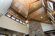 Craftsman Style House Plan - 3 Beds 4.5 Baths 2536 Sq/Ft Plan #892-11 Photo