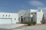 Adobe / Southwestern Style House Plan - 4 Beds 2.5 Baths 2417 Sq/Ft Plan #1-558 Photo