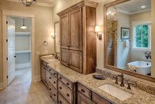 House Plan Design - Country Interior - Master Bathroom Plan #928-337