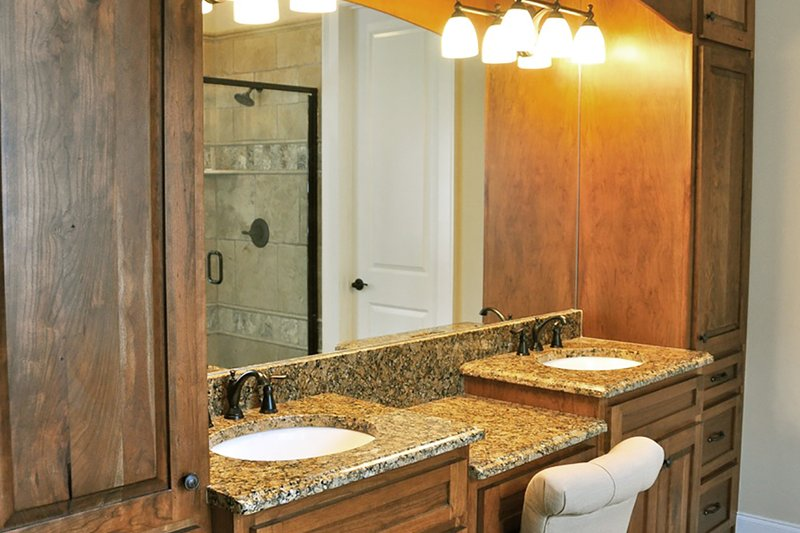 Craftsman Interior - Master Bedroom Plan #437-60 - Houseplans.com