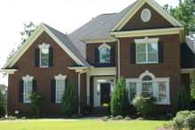 Dream House Plan - Traditional Exterior - Front Elevation Plan #1054-72