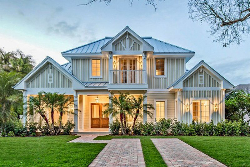 Beach Style House Plan - 5 Beds 7 Baths 4630 Sq/Ft Plan #27-486 Exterior - Front Elevation