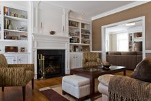 Traditional Interior - Family Room Plan #497-46