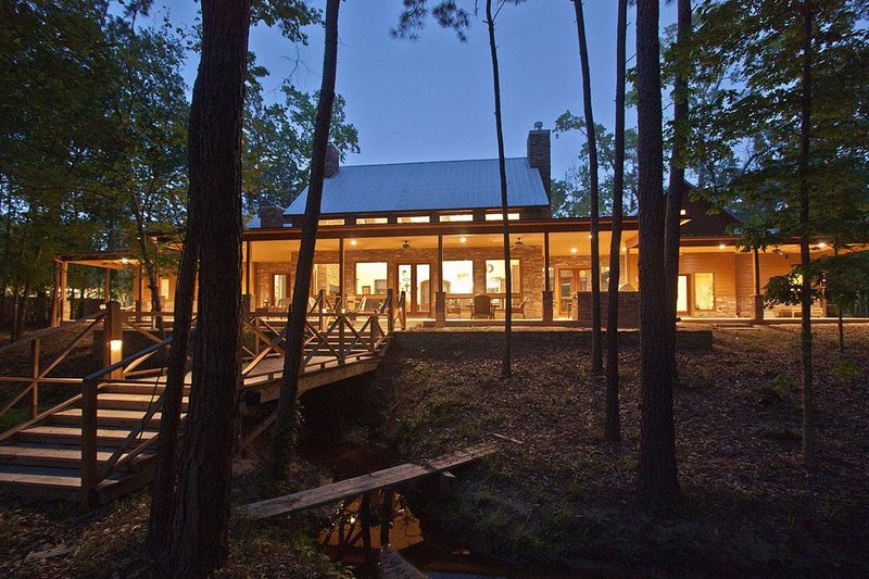 modern ranch house with generous porches - 2700sft