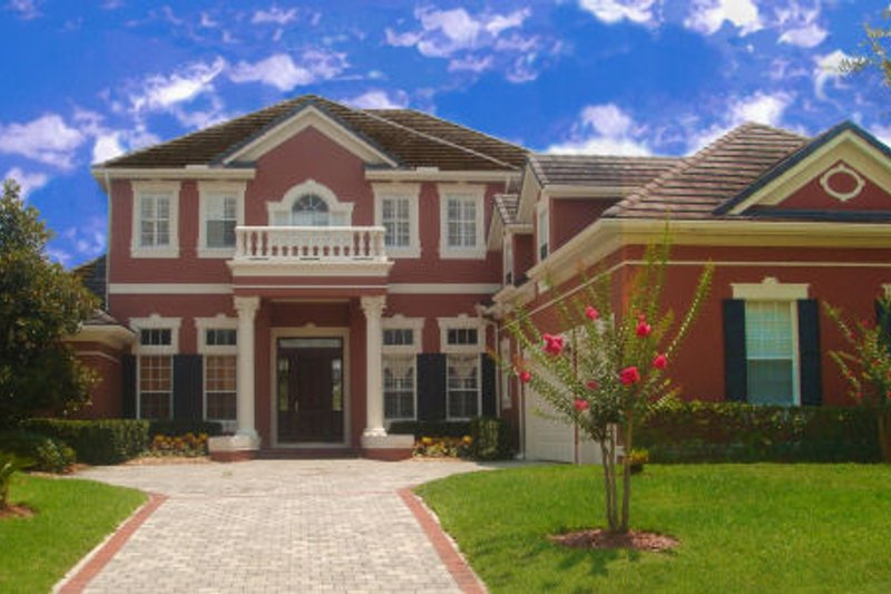 Classical Style House Plan - 6 Beds 6.5 Baths 5917 Sq/Ft Plan #135-210 Exterior - Front Elevation