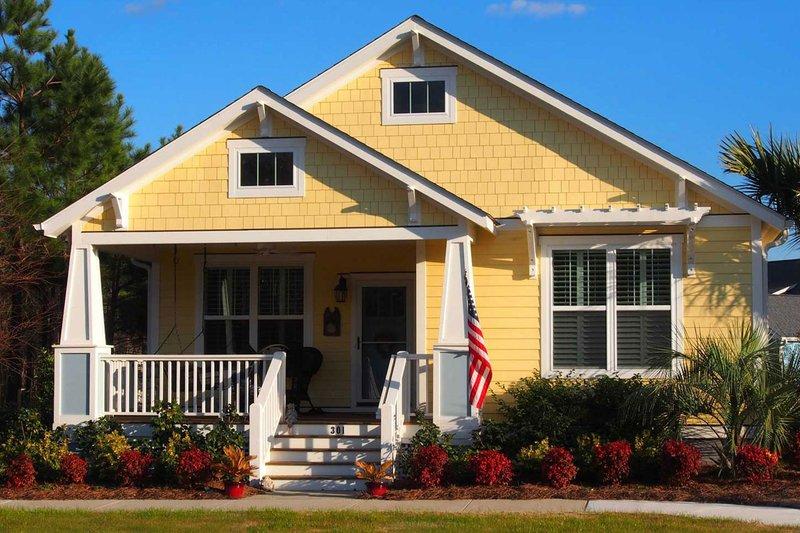 Architectural House Design - Craftsman Exterior - Front Elevation Plan #461-52