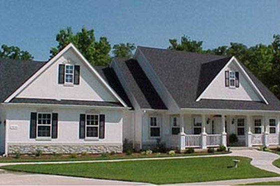 Traditional Exterior - Front Elevation Plan #31-102