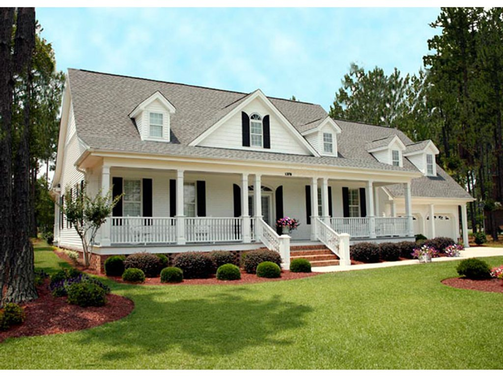 southern style floor plans southern style house plan 3 beds 3 5 baths 2557 sq ft plan 137 138 houseplans com 4365