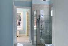 Craftsman Interior - Master Bathroom Plan #437-95