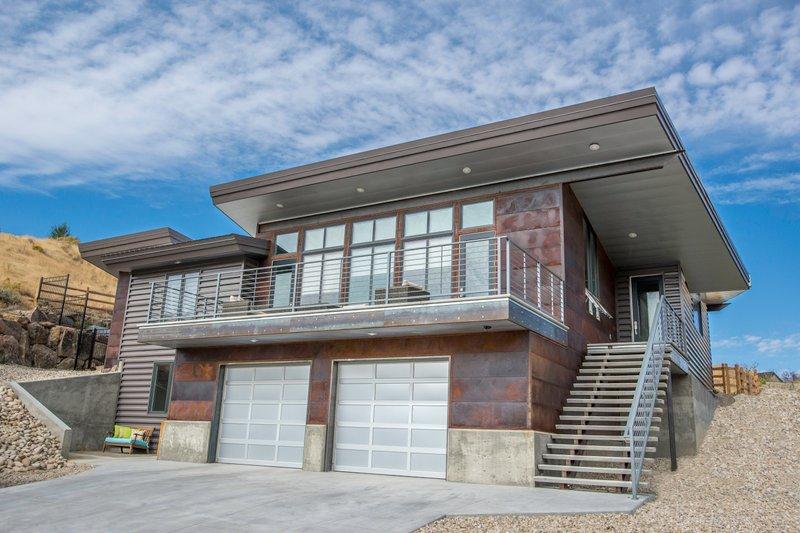 Home Plan - Modern Exterior - Front Elevation Plan #451-21