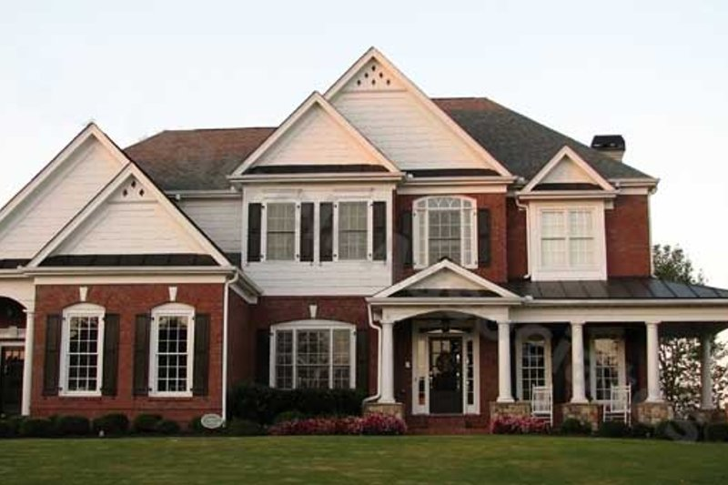 Dream House Plan - Traditional Exterior - Front Elevation Plan #54-141