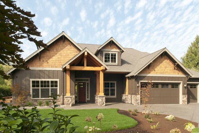 Craftsman Style House Plan - 3 Beds 2.5 Baths 2735 Sq/Ft Plan #48-542 Exterior - Front Elevation