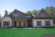 Traditional Style House Plan - 4 Beds 3 Baths 2899 Sq/Ft Plan #927-6