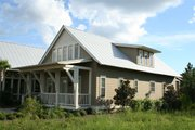 Beach Style House Plan - 4 Beds 3.5 Baths 2802 Sq/Ft Plan #443-8 Exterior - Front Elevation