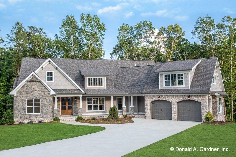 Architectural House Design - Craftsman Exterior - Front Elevation Plan #929-1040