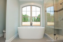 House Plan Design - European Interior - Master Bathroom Plan #929-1033
